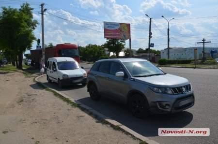 На Николаевщине произошло тройное ДТП