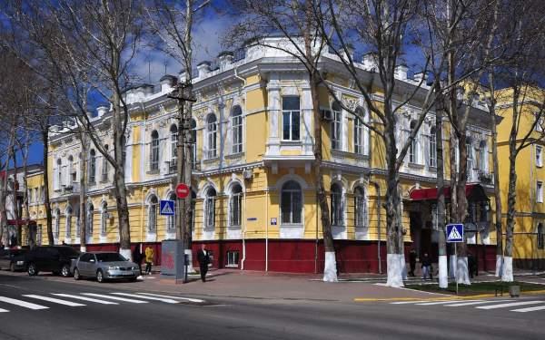 Дом Уткина в Николаеве - прекрасный представитель стиля модерн