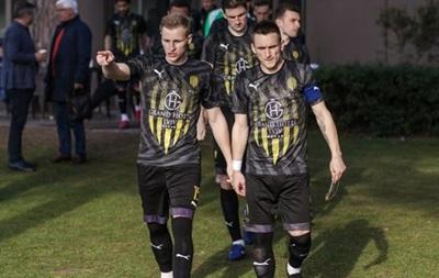 Рух подтвердил, что пять футболистов команды больны коронавирусом
